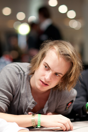 Viktor_Blom_ept7dea_d2_wrap.jpg